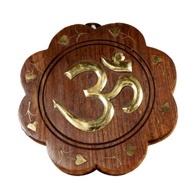 Om-Plate-Wooden-5